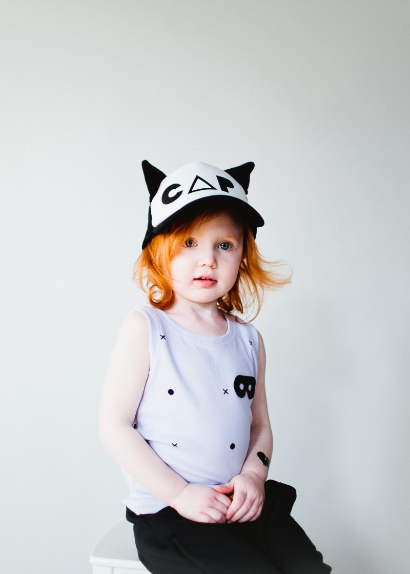 Vest Violet Dots & Crosses & Cat Cap